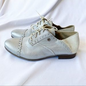 Dkode Silver Leather Oxford Flats 37